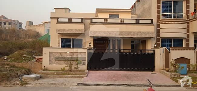 8 Marla Brand New Single Storey House For Sale