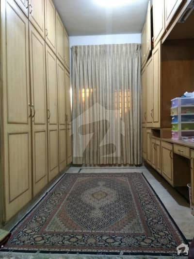 In G-9 House Sized 1350  Square Feet For Sale