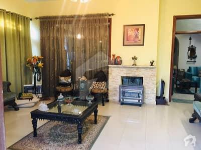 ایف ۔ 10 اسلام آباد میں 6 کمروں کا 1.11 کنال مکان 9.5 کروڑ میں برائے فروخت۔