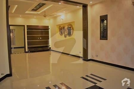 152 Square Yards Luxury Villa For Sale In Bahria Town