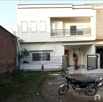 سٹی ہاؤسنگ سوسائٹی سیالکوٹ میں 4 کمروں کا 7 مرلہ مکان 55 ہزار میں کرایہ پر دستیاب ہے۔