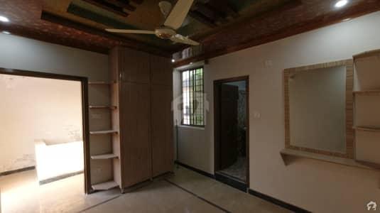 وکیل کالونی اسلام آباد ہائی وے راولپنڈی میں 3 کمروں کا 2 مرلہ مکان 39 لاکھ میں برائے فروخت۔