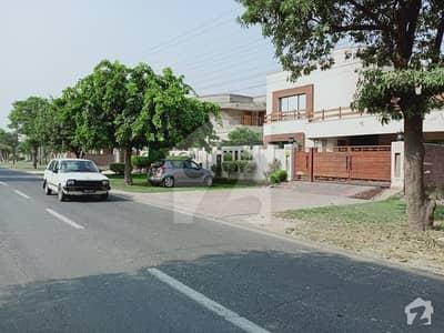 ای ایم ای سوسائٹی ۔ بلاک ڈی ای ایم ای سوسائٹی لاہور میں 3 کمروں کا 14 مرلہ زیریں پورشن 65 ہزار میں کرایہ پر دستیاب ہے۔