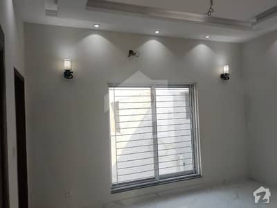 Upper Portion Of 5 Marla For Rent In Block Aa Sector D Bahria Town