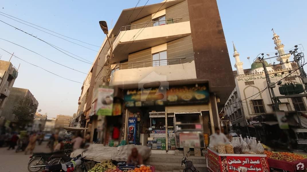 پی آئی بی کالونی کراچی میں 3 کمروں کا 7 مرلہ فلیٹ 1.4 کروڑ میں برائے فروخت۔