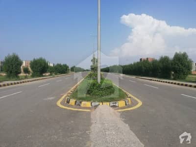 House For Sale In Beautiful Lahore Motorway City