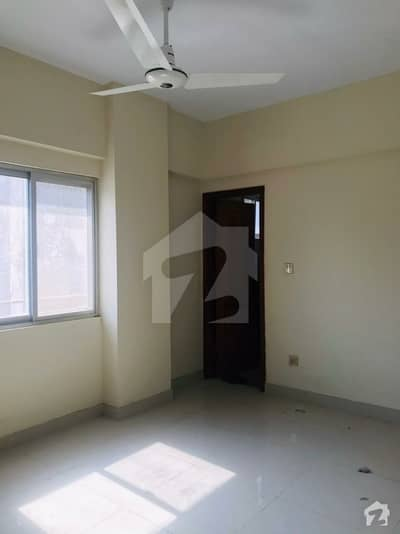 Luxury Flat For Rent  Brand New Lift Packing