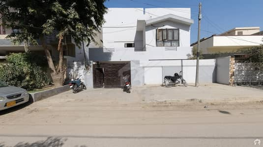 311 Square Yards Double Story Luxury Bungalow Near Main Road Near To Market Is Available For Sale In North nazimabad Block N