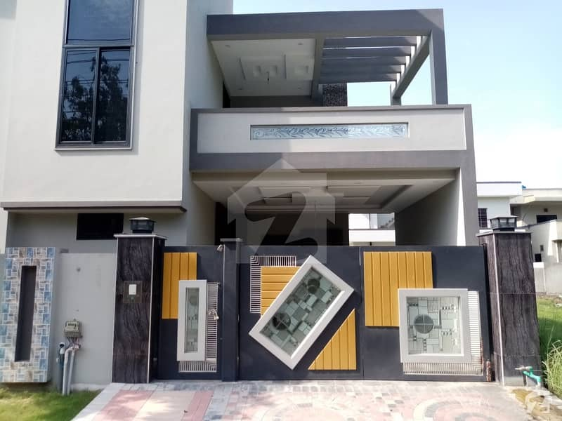 In DC Colony 1 Kanal House For Sale