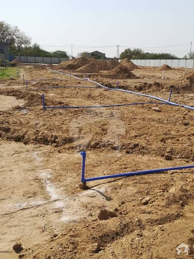 120 Square Yards Plots Available Oak Residency