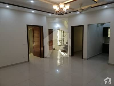 5 Marla Vip House For Rent In Bahria Town Lahore