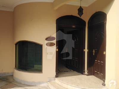 10 Marla Double Story House For Sale In Block E2 Wapda Town Phase1