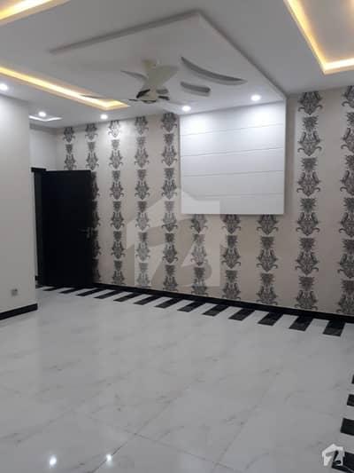 پی آئی اے ہاؤسنگ سکیم لاہور میں 2 کمروں کا 5 مرلہ مکان 50 ہزار میں کرایہ پر دستیاب ہے۔