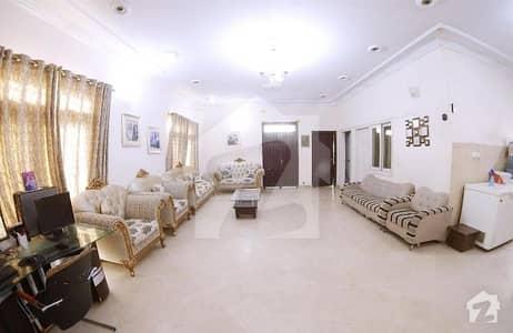 گلشنِ معمار - سیکٹر یو گلشنِ معمار گداپ ٹاؤن کراچی میں 8 کمروں کا 10 مرلہ مکان 2.2 کروڑ میں برائے فروخت۔