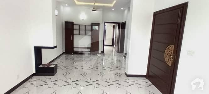 2000  Square Feet House Up For Rent In Dha Defence