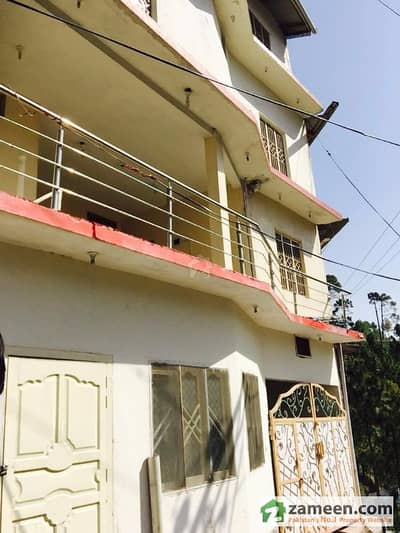 Lahori Guest House A Very Beautiful Guest House Rooms For Rent - Located On The Murree Hills