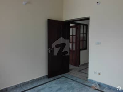 5 Marla Lower Portion In Pakistan Town For Rent