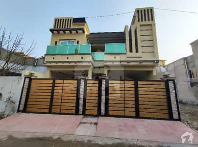آفیسرز گارڈن کالونی ورسک روڈ پشاور میں 9 کمروں کا 8 مرلہ مکان 2.6 کروڑ میں برائے فروخت۔
