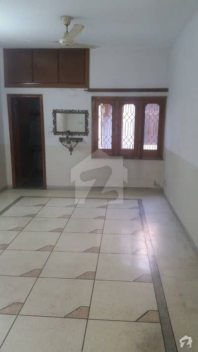 10 marla lower at most ideal location for rent