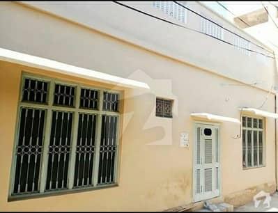 ہوسپٹل روڈ صادق آباد میں 7 کمروں کا 7 مرلہ مکان 60 لاکھ میں برائے فروخت۔