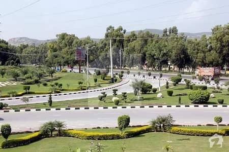 بی ۔ 17 اسلام آباد میں 8 مرلہ رہائشی پلاٹ 32 لاکھ میں برائے فروخت۔
