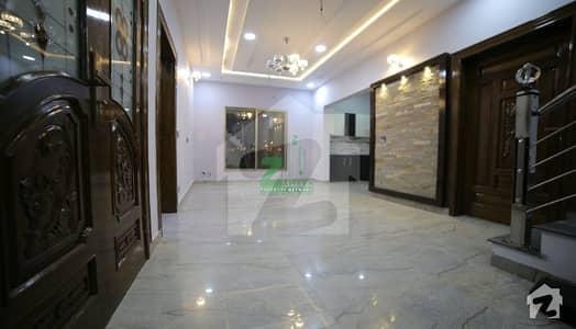بحریہ ٹاؤن - علی بلاک بحریہ ٹاؤن - پریسنٹ 12 بحریہ ٹاؤن کراچی کراچی میں 4 کمروں کا 5 مرلہ مکان 1.3 کروڑ میں برائے فروخت۔