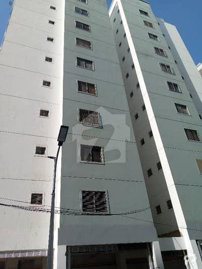 جناح ایونیو کراچی میں 3 کمروں کا 8 مرلہ فلیٹ 1.12 کروڑ میں برائے فروخت۔