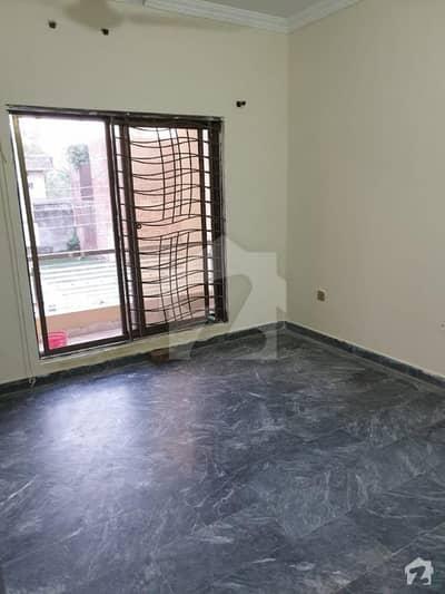 نواب ٹاؤن - بلاک ڈی نواب ٹاؤن لاہور میں 4 کمروں کا 5 مرلہ مکان 1.15 کروڑ میں برائے فروخت۔