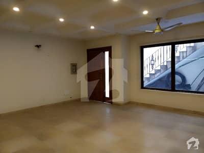 ایف ۔ 10/1 ایف ۔ 10 اسلام آباد میں 5 کمروں کا 50625 کنال مکان 9 کروڑ میں برائے فروخت۔