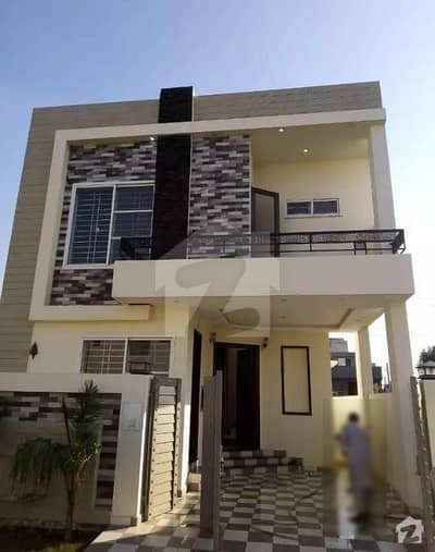 دیگر ڈی ایچ اے 11 رہبر لاہور میں 3 کمروں کا 5 مرلہ مکان 55 ہزار میں کرایہ پر دستیاب ہے۔