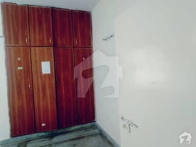 جی ۔ 11/3 جی ۔ 11 اسلام آباد میں 2 کمروں کا 3 مرلہ فلیٹ 72 لاکھ میں برائے فروخت۔