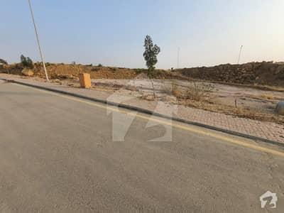 بحریہ ٹاؤن - پریسنٹ 4 بحریہ ٹاؤن کراچی کراچی میں 1 کنال رہائشی پلاٹ 1.2 کروڑ میں برائے فروخت۔