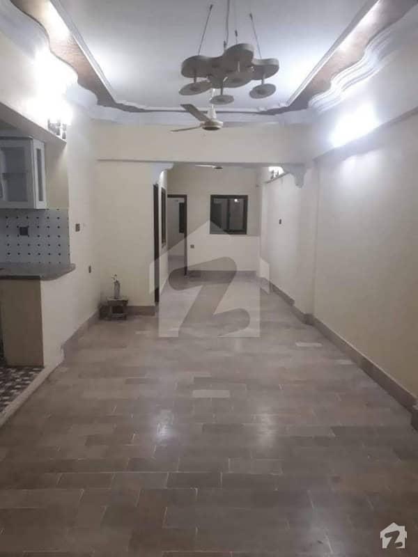 دہلی کالونی کراچی میں 4 کمروں کا 5 مرلہ فلیٹ 70 لاکھ میں برائے فروخت۔