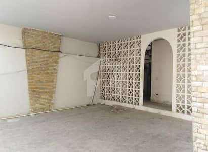 9000 Sq Ft Bungalow Is Available For Rent