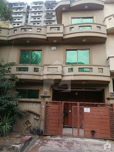 25x40 Beautifull House For Sale