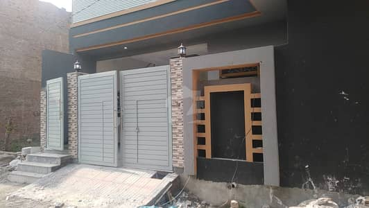 ورسک روڈ پشاور میں 6 کمروں کا 6 مرلہ مکان 1.3 کروڑ میں برائے فروخت۔