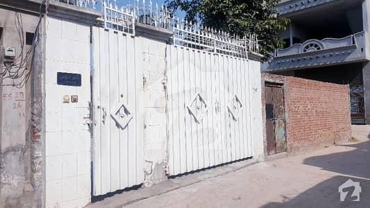 گوجرانوالہ روڈ حافظ آباد میں 6 کمروں کا 11 مرلہ مکان 1.45 کروڑ میں برائے فروخت۔