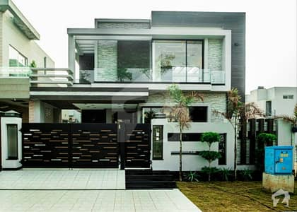 1 Kanal Beautiful House Ideal Location Owner Build House Available For Sale In DHA Phase 8 Ex Air Avenue