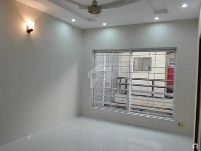 بحریہ ٹاؤن فیز 3 بحریہ ٹاؤن راولپنڈی راولپنڈی میں 5 کمروں کا 10 مرلہ مکان 3 کروڑ میں برائے فروخت۔