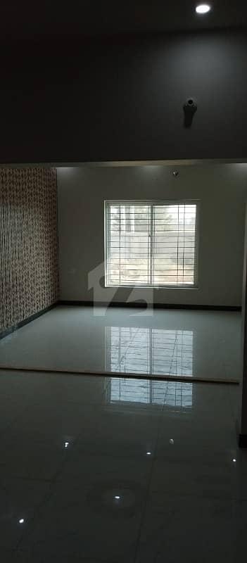 غالب سٹی فیصل آباد میں 3 کمروں کا 3 مرلہ مکان 65 لاکھ میں برائے فروخت۔