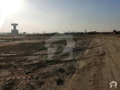 ڈی ایچ اے فیز 8 - بلاک ایکس فیز 8 ڈیفنس (ڈی ایچ اے) لاہور میں 1 کنال رہائشی پلاٹ 2.95 کروڑ میں برائے فروخت۔