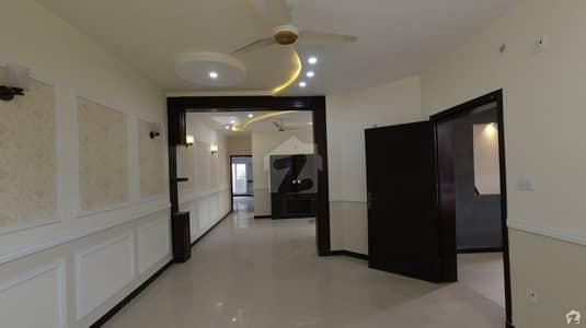 اڈیالہ روڈ راولپنڈی میں 5 کمروں کا 1 کنال مکان 2.85 کروڑ میں برائے فروخت۔