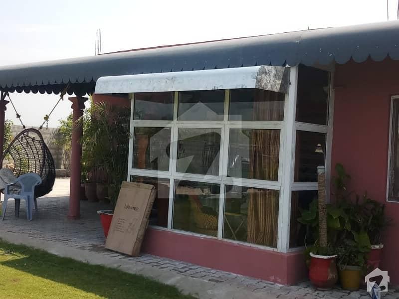 مرگلہ ہِلز-2 ای ۔ 11 اسلام آباد میں 3 کمروں کا 8 کنال فارم ہاؤس 5 کروڑ میں برائے فروخت۔