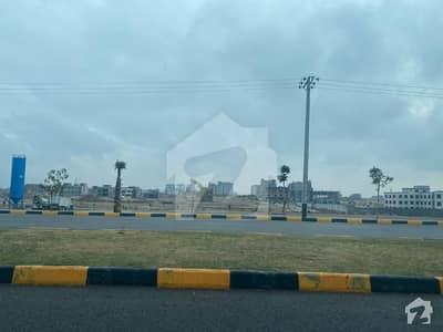 فیصل مارگلہ سٹی بی ۔ 17 اسلام آباد میں 1.07 کنال کمرشل پلاٹ 2.65 کروڑ میں برائے فروخت۔