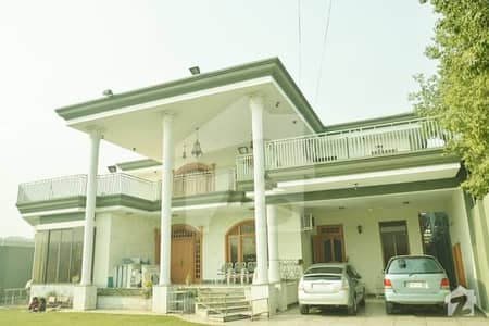 حیات آباد فیز 2 - جے5 حیات آباد فیز 2 حیات آباد پشاور میں 8 کمروں کا 2 کنال مکان 10 کروڑ میں برائے فروخت۔