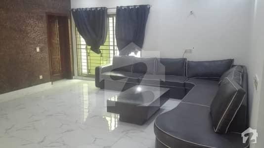 دیگر ڈی ایچ اے فیز 8 سابقہ پارک ویو ڈی ایچ اے فیز 8 ڈی ایچ اے ڈیفینس لاہور میں 6 کمروں کا 1.2 کنال مکان 2.2 لاکھ میں کرایہ پر دستیاب ہے۔