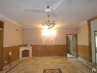 35x80 Liveable Triple Storey Old House Is Available For Sale