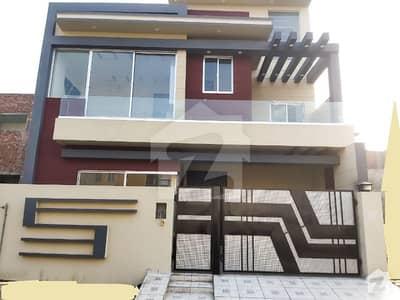 سٹیٹ لائف فیز۱۔ بلاک اے ایکسٹینشن اسٹیٹ لائف ہاؤسنگ فیز 1 اسٹیٹ لائف ہاؤسنگ سوسائٹی لاہور میں 3 کمروں کا 5 مرلہ مکان 1.25 کروڑ میں برائے فروخت۔