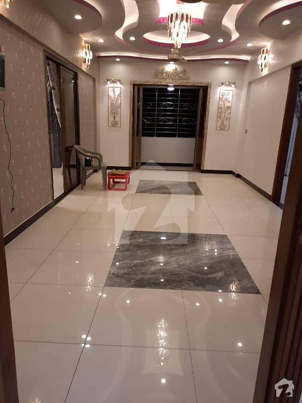 گلشنِ اقبال - بلاک 16 گلشنِ اقبال گلشنِ اقبال ٹاؤن کراچی میں 3 کمروں کا 8 مرلہ فلیٹ 2.65 کروڑ میں برائے فروخت۔