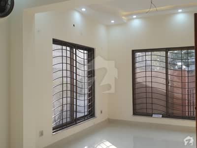 5 Marla Flat In Canal Garden Is Best Option